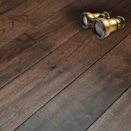 Abbey whitland 125mm hand scraped coffee oak solid wood for Real oak hardwood flooring