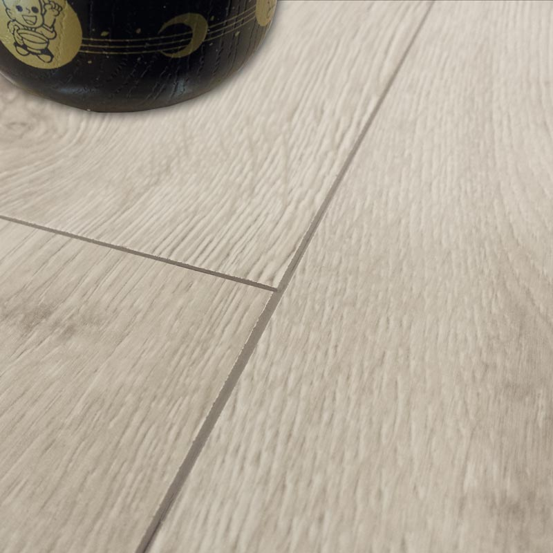 Aquastep plus alpine oak 4v waterproof half plank laminate for Laminate plank flooring