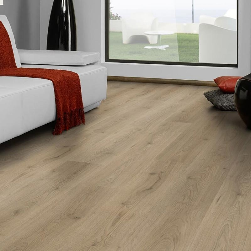 Click Laminate Flooring: Prestige Plus 12mm Braun Oak Plank AC4 Click Laminate