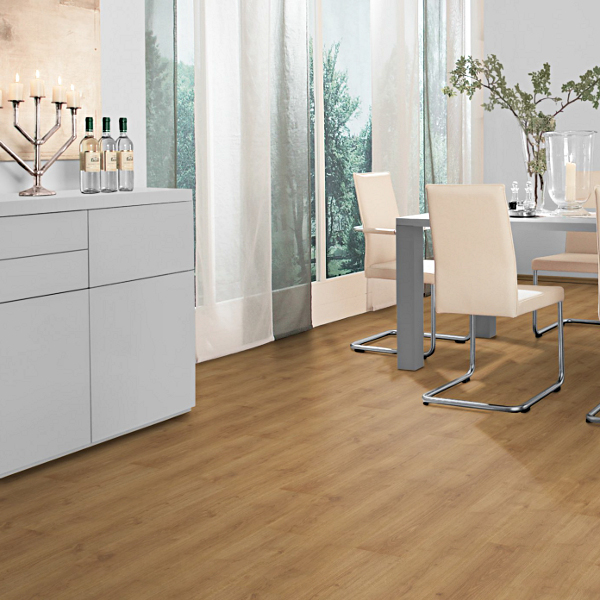 Prestige 7mm V Groove Oak Planked Honey Click Laminate Floor