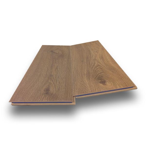 Click Laminate Flooring supreme click 12mm oak natural 775 wide laminate flooring with free pad Prestige Plus 12mm Verbier Oak Plank Ac5 Click Laminate Flooring