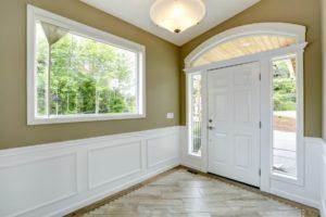 Image of a hallway with floor trim