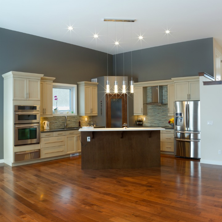 solid-wood-in-kitchen