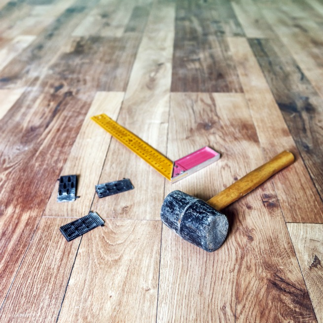 Image of tools for floor installation