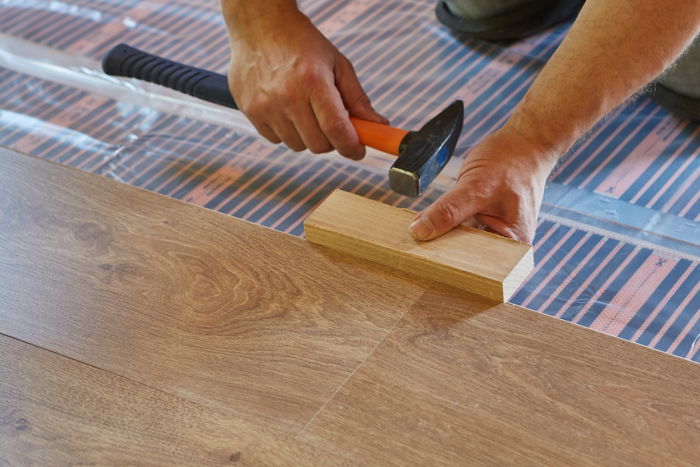 Installing solid wood laminate flooring