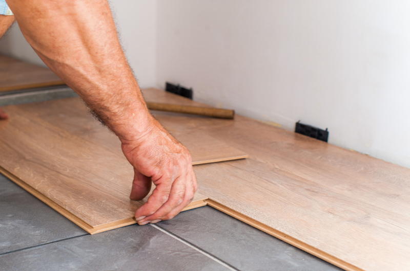 Laying flooring