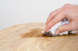 Staining a solid wooden floor